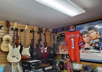Guitars-Memoribilia-Collectors-Rare-Fender-Musical-Instruments