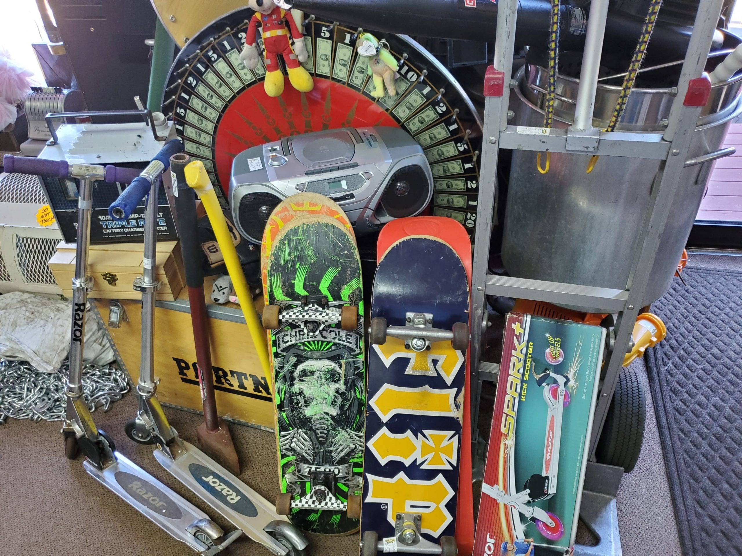 Skateboard-Scooter-Tools-Boombox-Trader-Jons